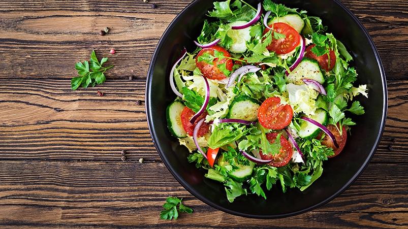 Akşam Yemeği Yerine Geçebilecek Salata Tarifleri
